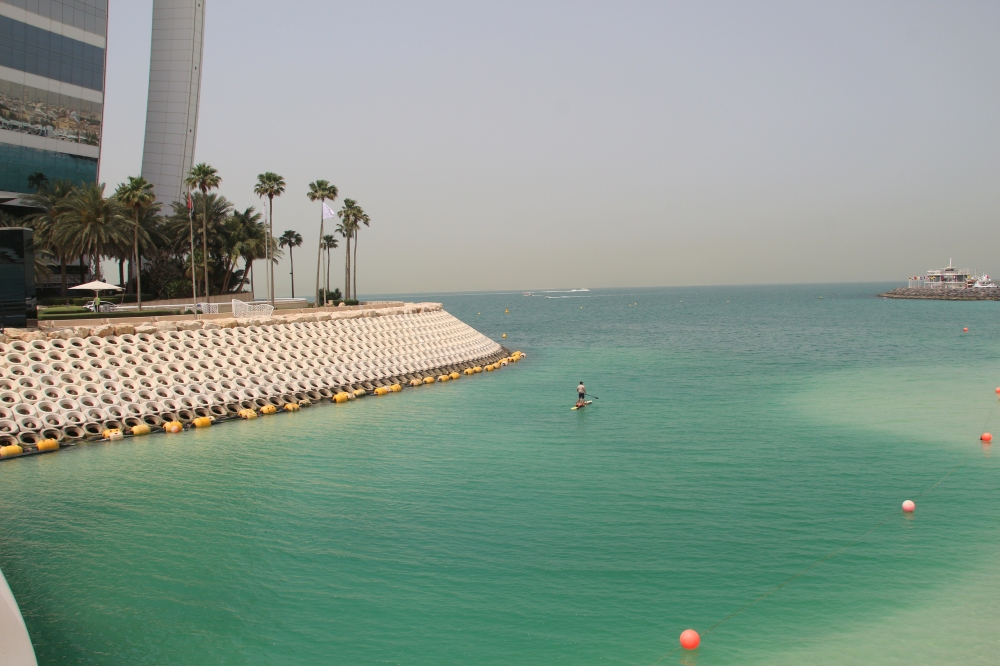 hotel-travel-blogs-bikini-girl-surf-dude-3-burj-al-arab-dubai