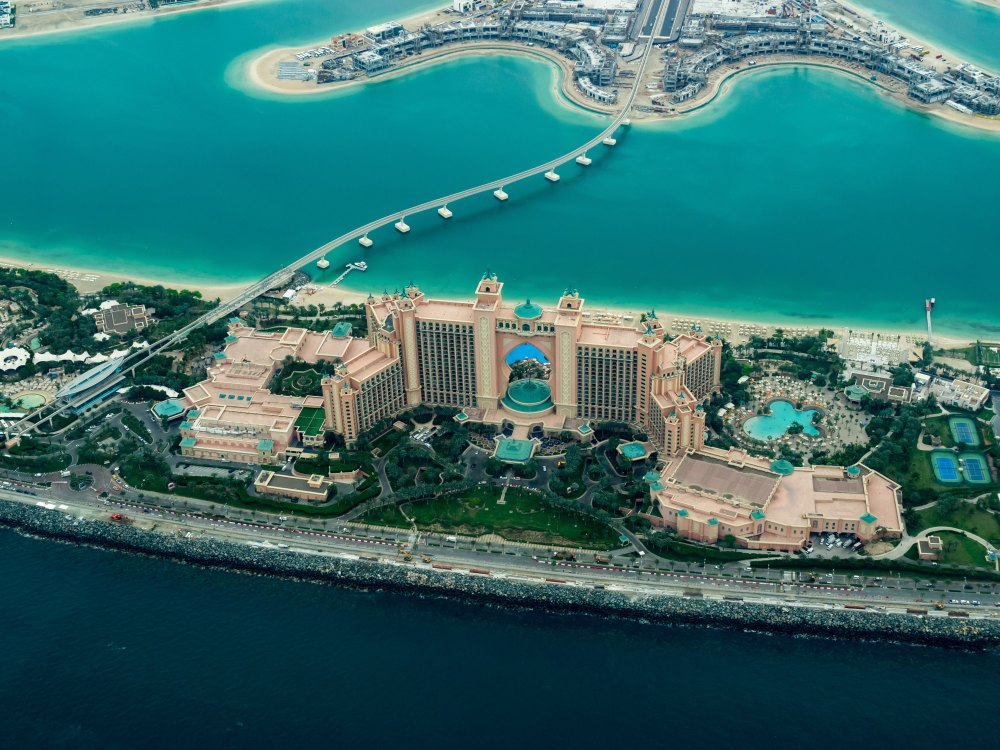 hotel travel blogs dot com atlantis palm island uae dubai