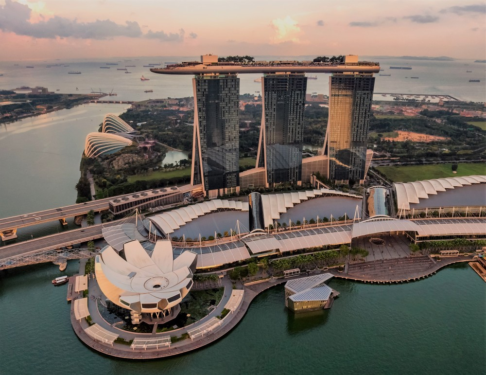 marina bay sands hotel singapore hotel travel blogs com family 5 star infinity pool sky park